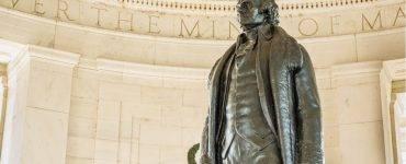 Jefferson statute at Jefferson Memorial