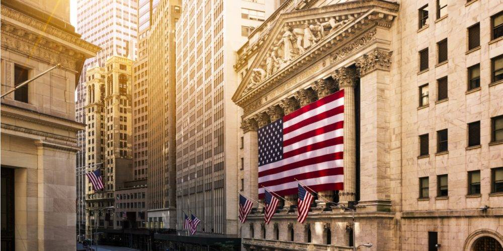 American flag on front of New York Stock Exchange